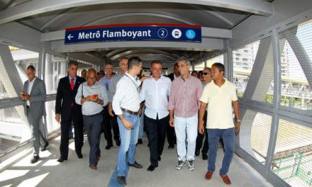 Passarela da Estação Flamboyant do metrô é entregue em Salvador