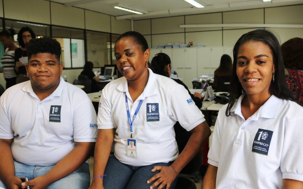 Jovens do Programa Primeiro Emprego recebem capacitação