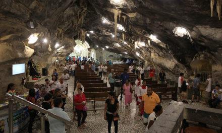 Evento em Salvador discute importância do turismo religioso para a economia