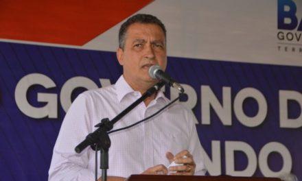 Rui inaugura obras e anuncia novos serviços nos municípios de Carinhanha e Malhada
