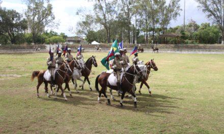 Esquadrão Montado da PM comemora 'Dia da Cavalaria'