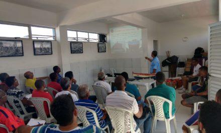 Pescadores de Prado recebem curso de habilitação naval