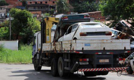 Prefeitura promove operação para retirada de 36 sucatas de vias públicas