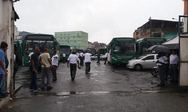 Em campanha salarial rodoviários de Salvador voltam a rodar após atraso de 900 ônibus