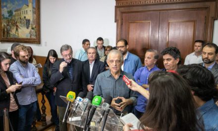 Para conter levante, governador de São Paulo estuda parcelar IPVA de caminhoneiros