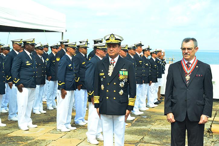 Desembargador Baltazar Miranda é condecorado pela Marinha em celebração dos 153 anos da Batalha Naval do Riachuelo