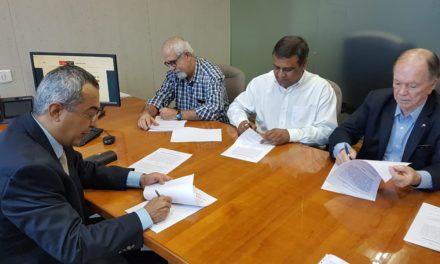 Na Índia, governo firma acordo para fabricação de biofármacos na Bahia