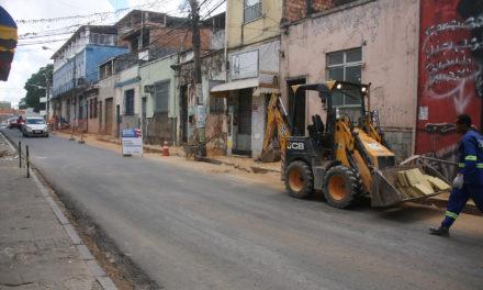 Conder segue com pavimentação em asfalto nas ruas da Soledade, Barbalho e Lapinha