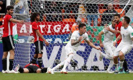 Salah fica no banco, Suárez perde chances, mas Uruguai vence o Egito no sufoco