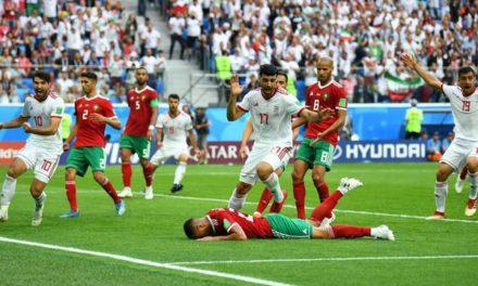 Em jogo fraco tecnicamente, Irã acha gol contra nos acréscimos e bate Marrocos pelo Grupo B