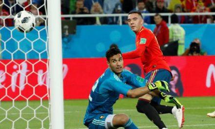 Com ajuda do VAR, Espanha empata com Marrocos e fica em primeiro no Grupo B