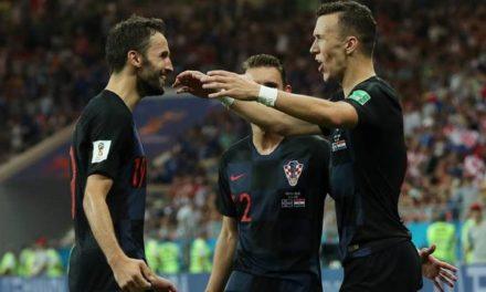 """Sem 9 titulares, Croácia elimina a Islândia da Copa do Mundo e """"ajuda"""" a Argentina"""
