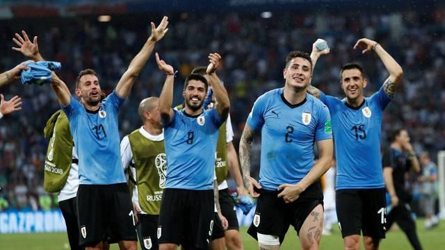 Cavani faz dois, Uruguai elimina Portugal de Cristiano Ronaldo e avança para pegar a França