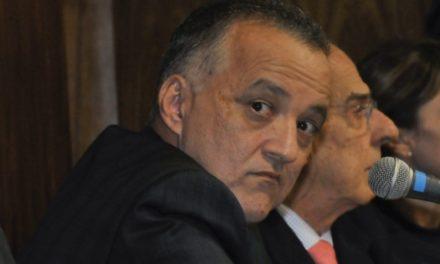 Bretas condena Cachoeira, Cavendish e mais 13 por desvios milionários