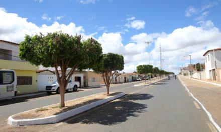 Trecho de 18 quilômetros da BA-046 é entregue pavimentado em Barro Alto