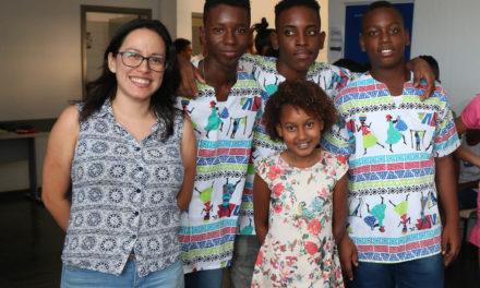 Jovens colombianos desembarcam na Bahia para conhecer projetos sociais
