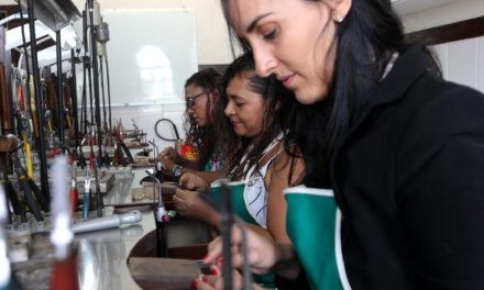 Mulheres mudam o perfil da arte da joalheria em Salvador