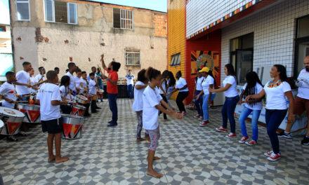 Intercâmbio apresenta cultura baiana para jovens colombianos