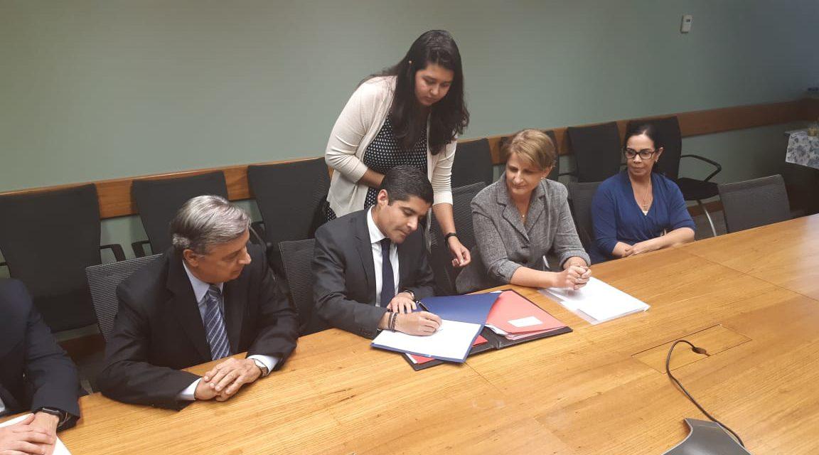 Prefeitura assina primeiro contrato com Banco Mundial na história de Salvador
