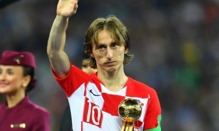 Modric é escolhido o melhor jogador e Mbappé a revelação da Copa