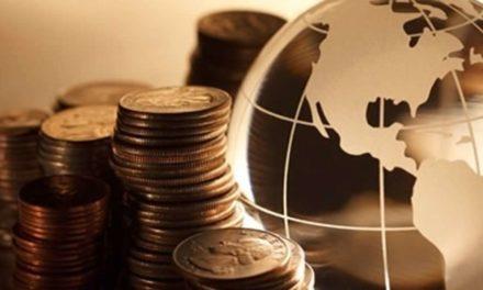 Brasileiros têm cerca de meio trilhão de dólares declarados em investimentos no exterior