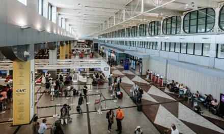 Tráfego no aeroporto de Salvador cresce pelo segundo trimestre seguido
