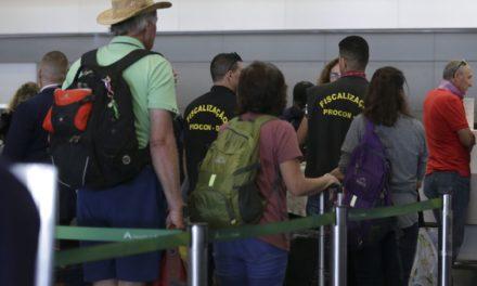 Fiscalização indica que cobrança de bagagem não beneficia passageiro