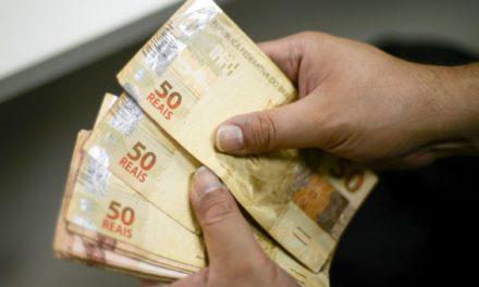 Temer edita decreto para antecipar metade do 13º salário dos aposentados