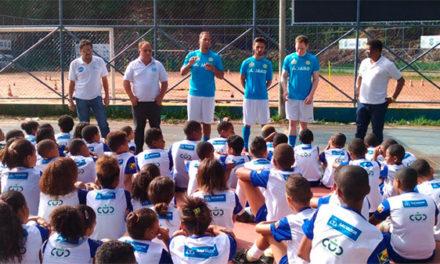 Projeto esportivo leva oficina de futebol para jovens em São Marcos