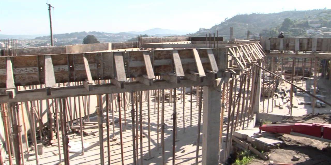 Estudo da CNI mostra que 2,7 mil obras estão paradas no Brasil