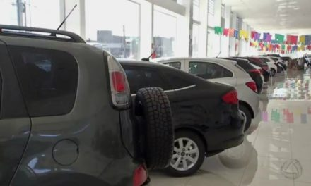 Vendas de veículos seminovos caem 50% no 1º semestre; os de 4 a 8 anos lideram