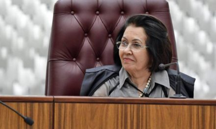 Presidente do STJ diz que desembargador não poderia ter mandado soltar Lula e defende Moro