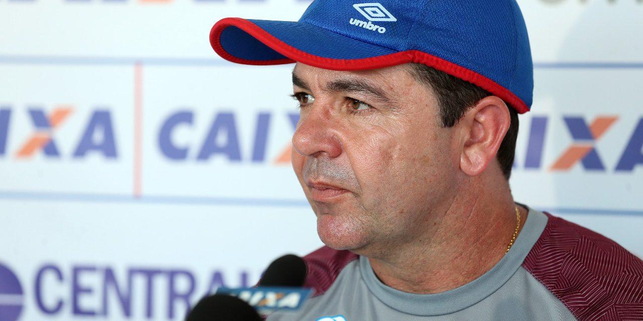 Enderson Moreira fala sobre situação do Bahia que vai enfrentar o Palmeiras nesta quinta na Fonte