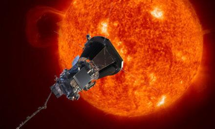 Nave lançada para 'tocar' o Sol está operando normalmente, diz Nasa