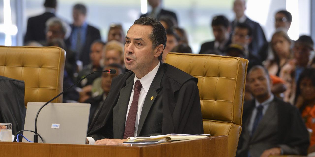 Barroso diz que reajuste de ministros do STF é assunto do Congresso