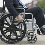 Decreto proíbe cobrança por cadeira de roda em viagem rodoviária