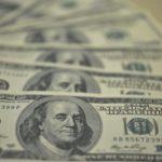 Dólar fecha a R$ 4, maior valor desde fevereiro de 2016