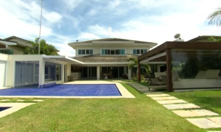 Leilão da mansão de Sérgio Cabral e Adriana Ancelmo em Mangaratiba é aberto para lances
