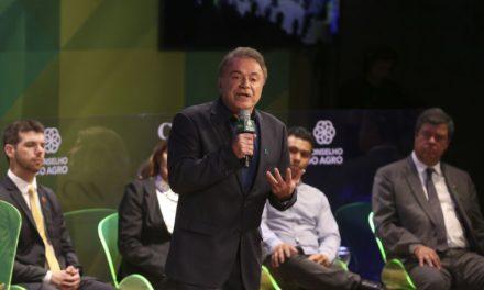 Alvaro Dias defende remanejamento de recursos do crédito rural