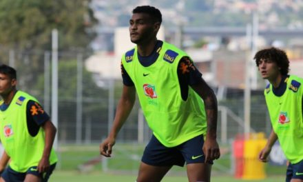 Brumado atua como titular e marca gol em amistoso da Seleção sub-20