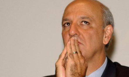 Ex-governador do DF, Arruda é condenado a mais de 7 anos de prisão