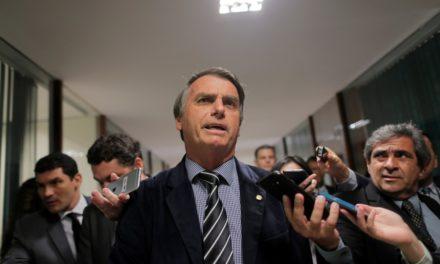 'Já está feito, já pegou fogo, quer que faça o quê?', diz Bolsonaro sobre incêndio no Museu Nacional