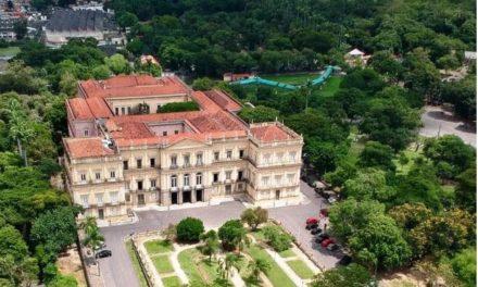 Unesco compara incêndio no Museu Nacional, no Rio, à destruição de Palmira, na Síria