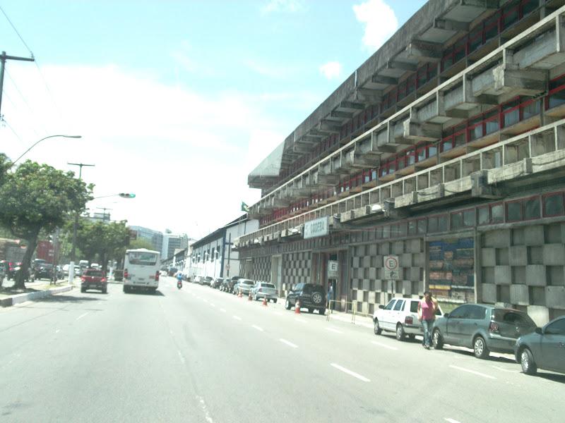 Obras mudam tráfego e pontos de ônibus no Comércio a partir deste sábado (15)