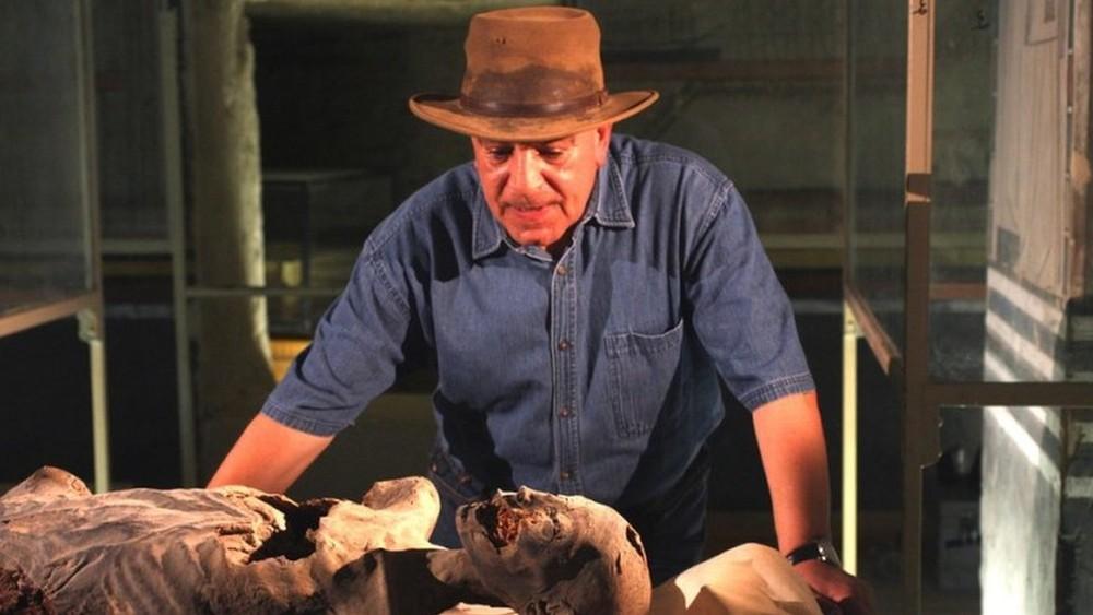 Quem não protege nossa arte deve devolvê-la, diz arqueólogo egípcio sobre incêndio no Museu Nacional