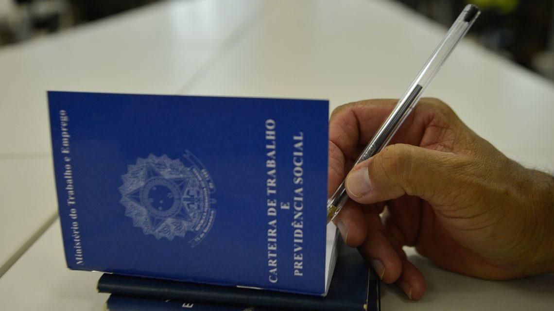 País gera 392 mil empregos no primeiro semestre de 2018