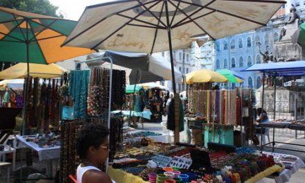 Prefeitura inicia reordenamento do comércio informal no Centro Histórico