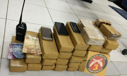 Polícia de Araci prende taxista com 30 quilos de drogas