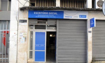 Escritório Social atende população e ambulantes durante obras na Avenida Sete