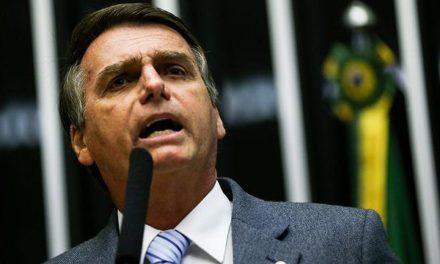 'Sou vítima daquilo que prego', diz Bolsonaro sobre facada